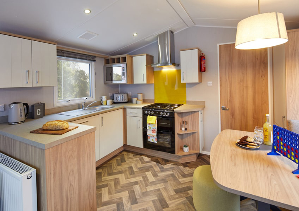 Castleton kitchen diner r (1)